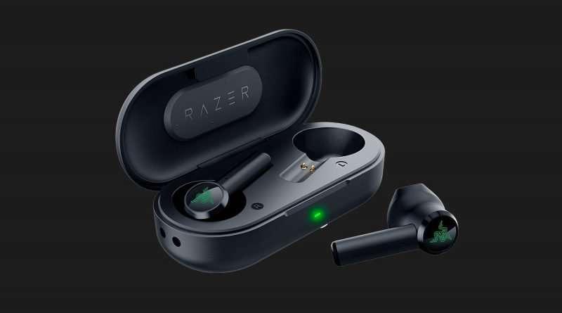 Razer Hammerhead True Wireless Earbuds with charging case